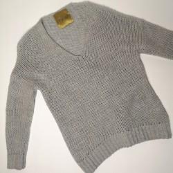 Sweter trzy igly